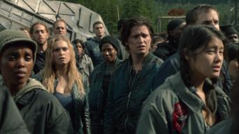 The 100: Season 2: Long into an Abyss