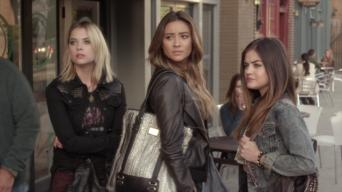 Pretty Little Liars: Season 5: No One Here Can Love or Understand Me